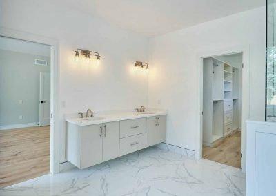 glenwood2019_On-Suite-Bathroom-B-8in